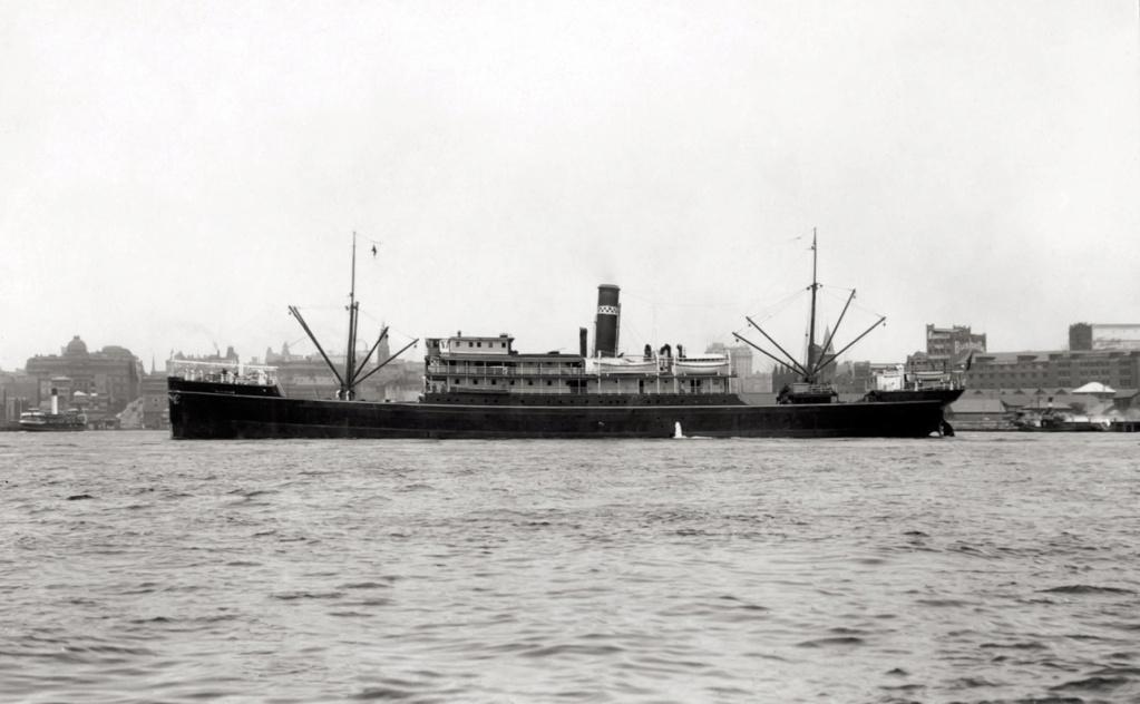 Photos General cargo avant 1940 (Plus 3000gt) 25 Matara10