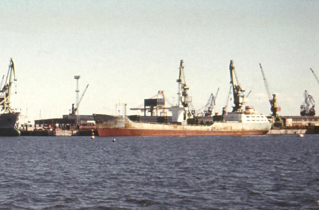 Photos Navires du monde construit entre 1950-1960 (4) Maxhzt11