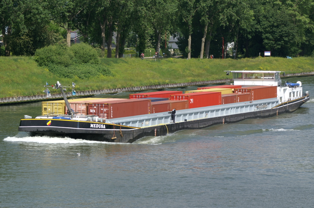 Photos des Navires Belge de la marchande,Fluviale et Pêche 2 Medusa10