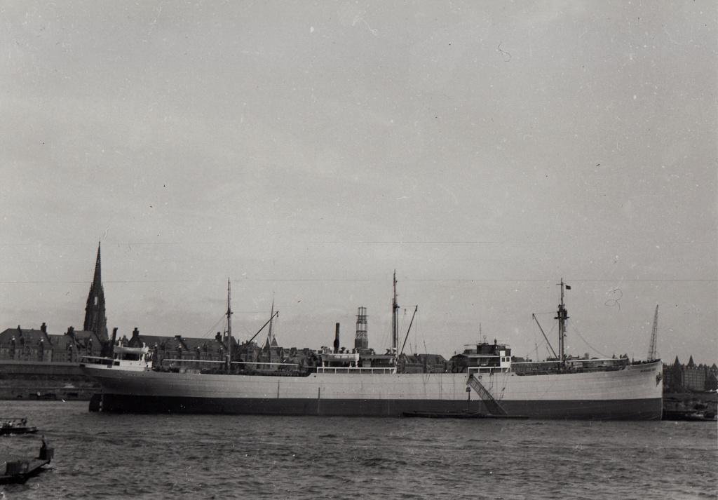 Photos General cargo avant 1940 (Plus 3000gt) 7  Mikola10