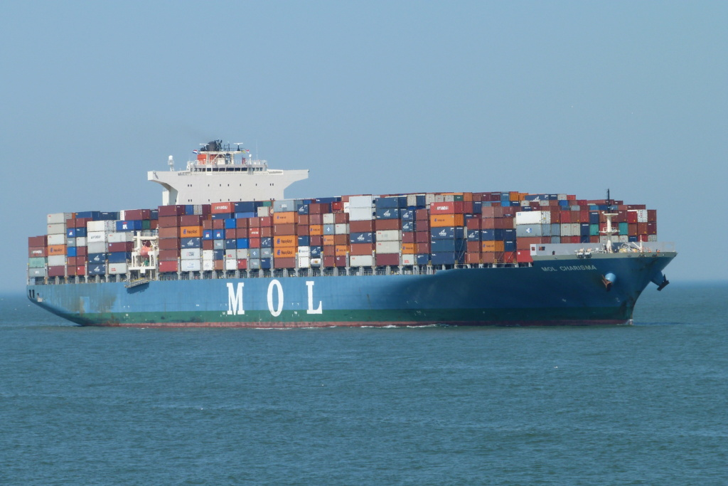 Fire Aboard Container Ship MOL Charisma Off Sri Lanka Mol_ch11