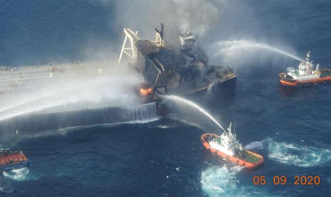 Explosion et incendie sur un pétrolier près du Sri Lanka - Page 2 Newdia22