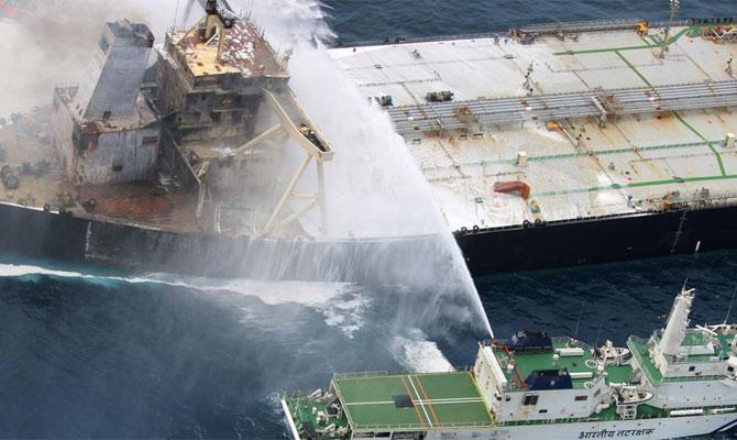 Explosion et incendie sur un pétrolier près du Sri Lanka - Page 2 Newdia24