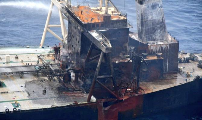 Explosion et incendie sur un pétrolier près du Sri Lanka - Page 2 Newdia26