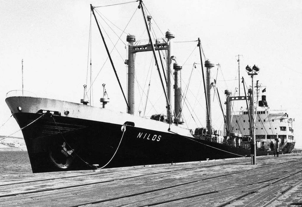 Photos Navires du monde construit entre 1950-1960 (1) Nilos_10
