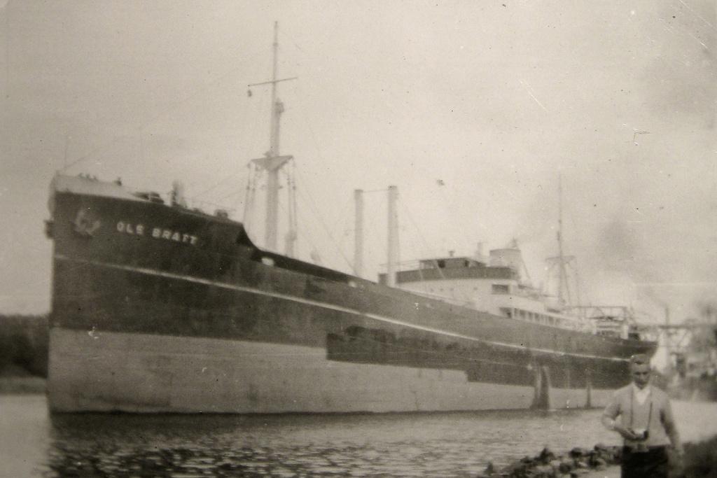 Photos General cargo avant 1940 (Plus 3000gt) 25 Ole_br10