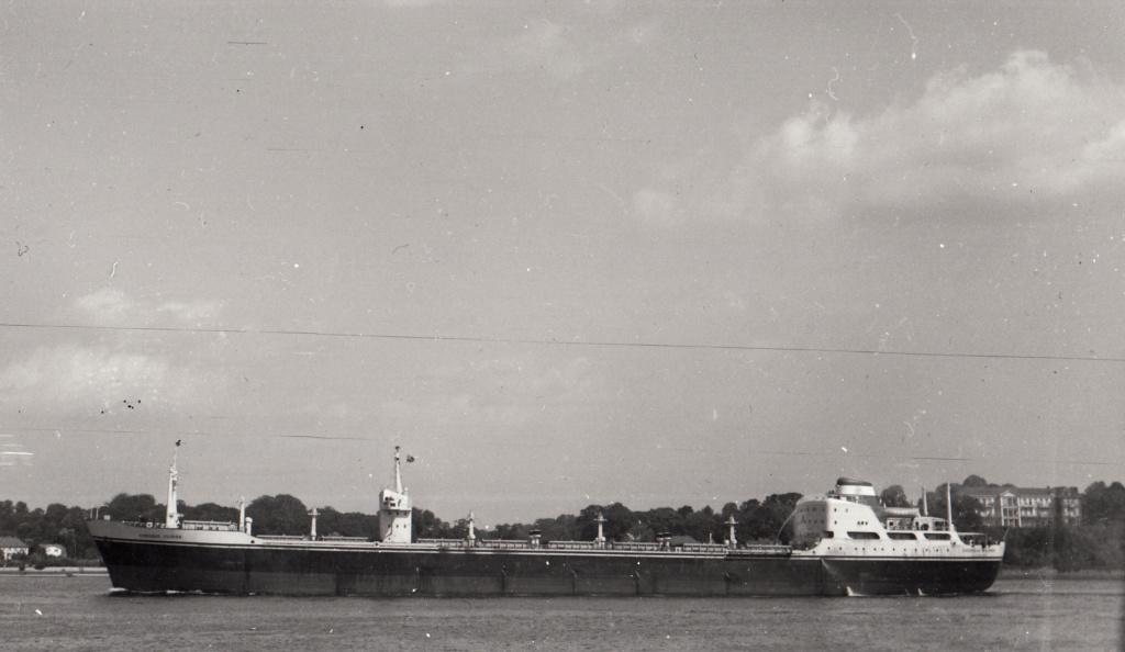 Photos Navires du monde construit entre 1950-1960 (1) Overse10