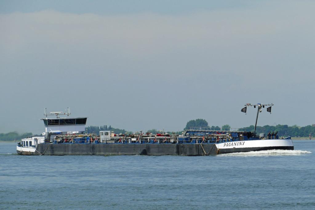 Photos des Navires Belge de la marchande,Fluviale et Pêche 2 Pagani10