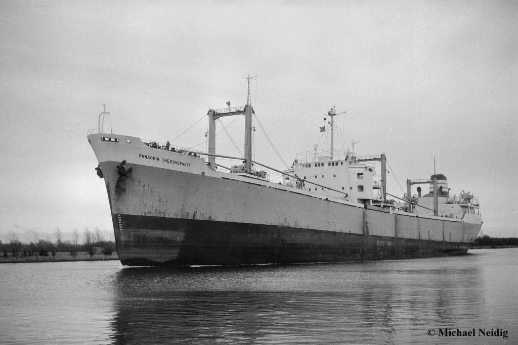 Photos Navires du monde construit entre 1950-1960 (7) Panagh11