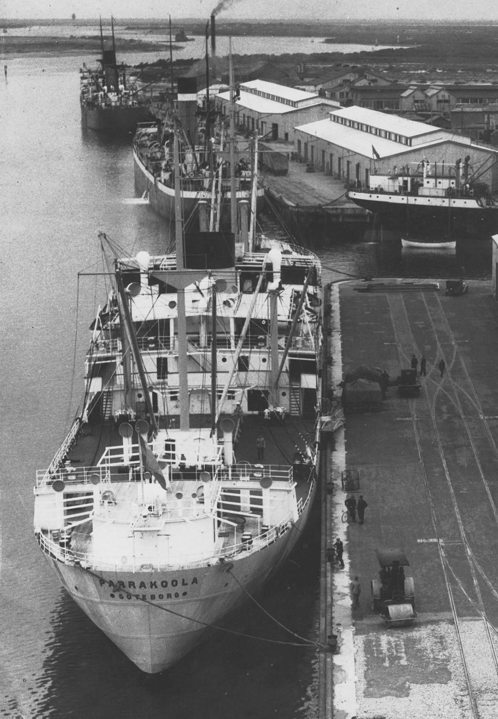Photos General cargo avant 1940 (Plus 3000gt) 5  Parrak10