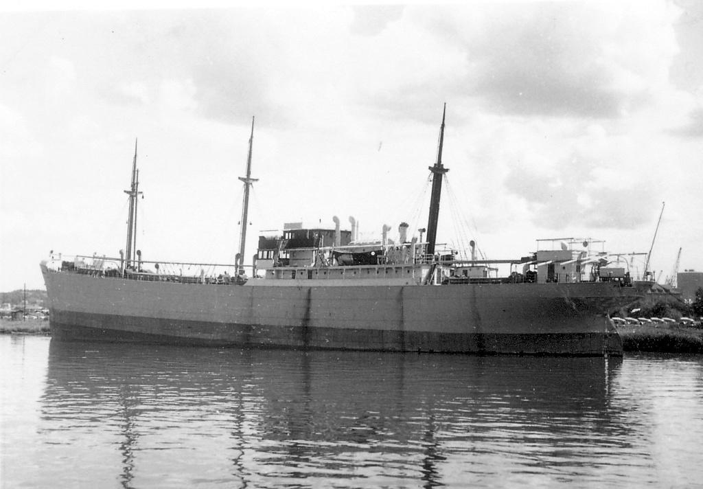 Photos General cargo avant 1940 (Plus 3000gt) 7  Pedro_11