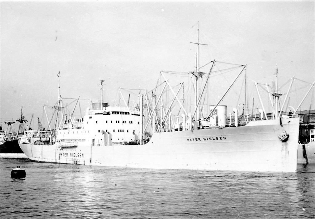 Photos General cargo avant 1940 (Plus 3000gt) 7  Peter_10