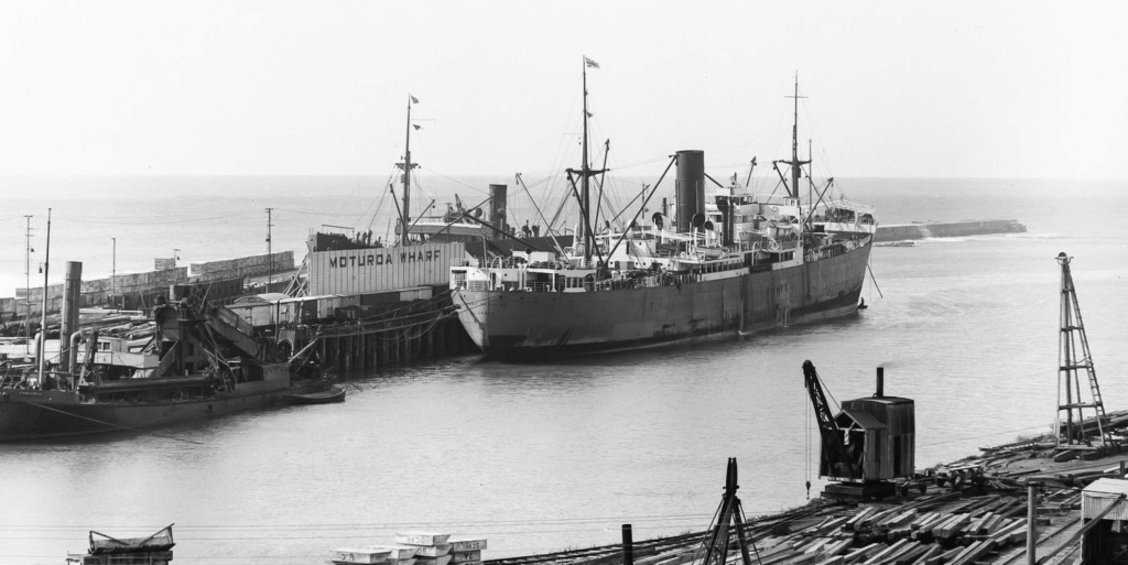 Photos General cargo avant 1940 (Plus 3000gt) 25 Port_c10