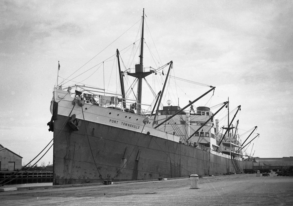 Photos General cargo avant 1940 (Plus 3000gt) 5  Port_t10