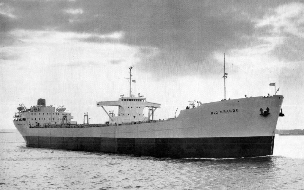 Photos Navires du monde construit entre 1950-1960 (4) Rio_gr10