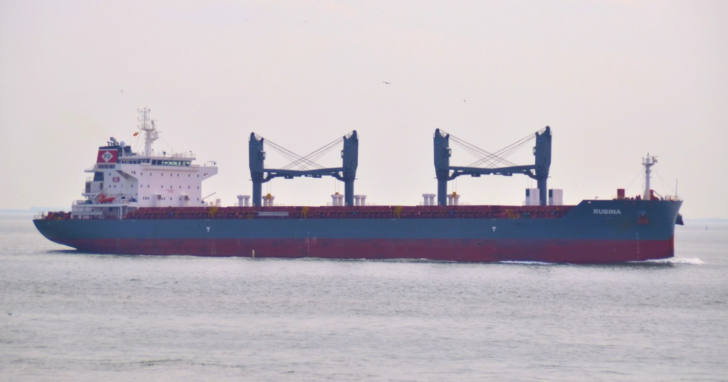 Bulk carrier with cargo of steel hard aground in Weser, Germ Rubina10