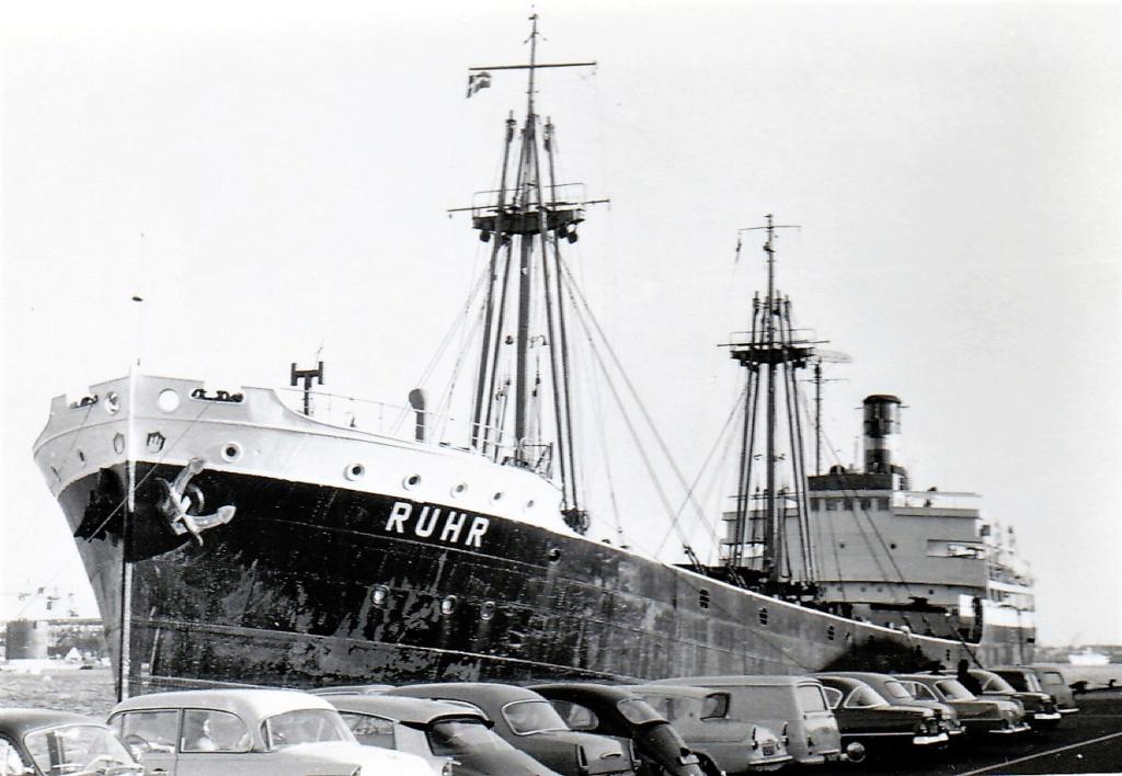 Photos General cargo avant 1940 (Plus 3000gt) 5  Ruhr_i10