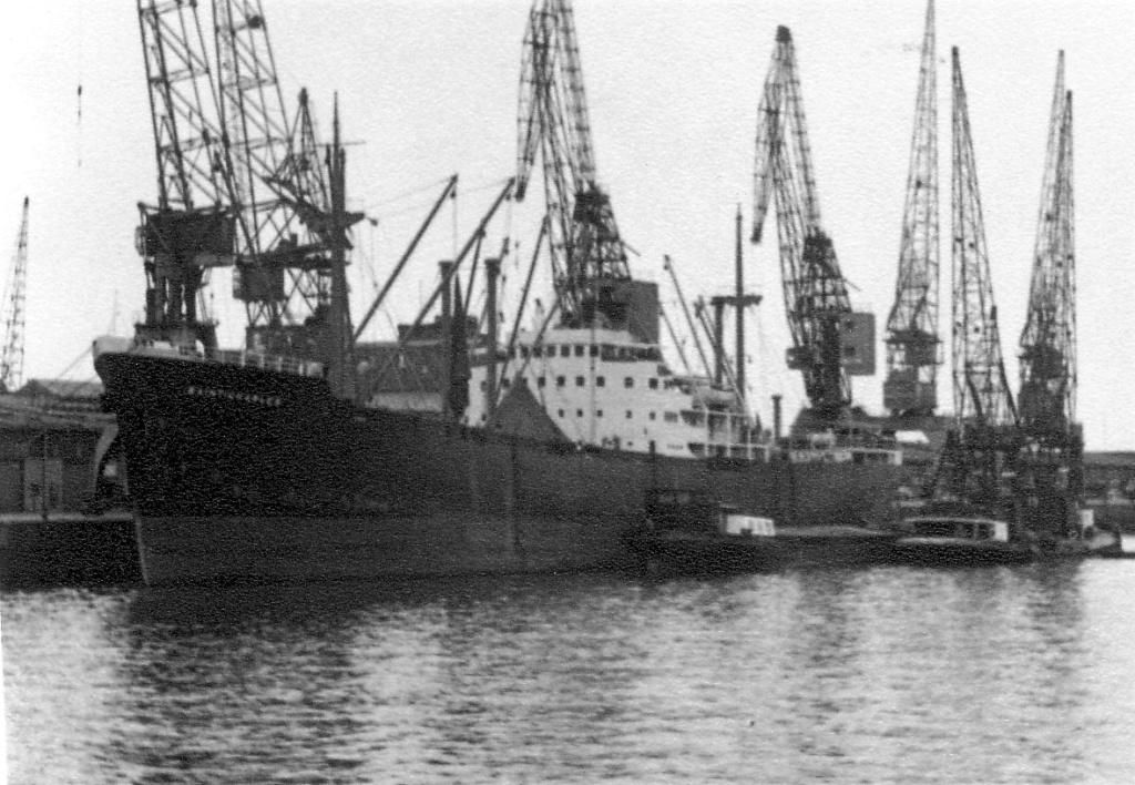 Photos General cargo avant 1940 (Plus 3000gt) 5  Saint_10