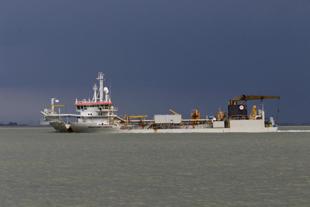 Photos de navires Luxembourgeois Armateur enre Belgique N/S Sebast10