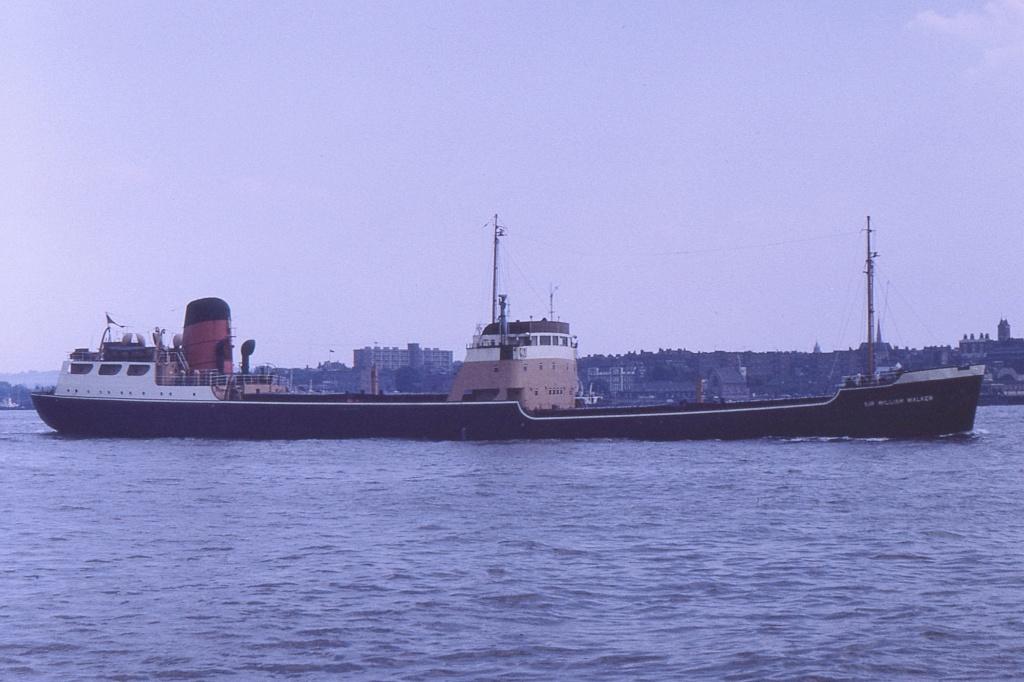 Photos Navires du monde construit entre 1950-1960 (1) Sir_wi10