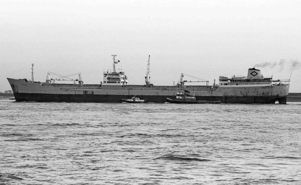 Photos Navires du monde construit entre 1950-1960 (1) Skaumo10