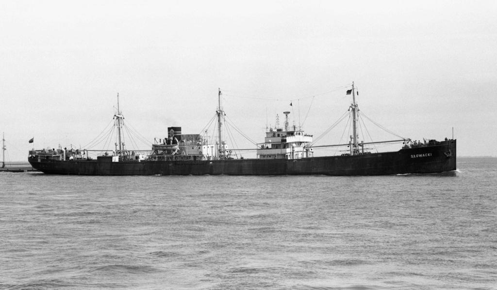 Photos General cargo avant 1940 (Plus 3000gt) 5  Slowac11