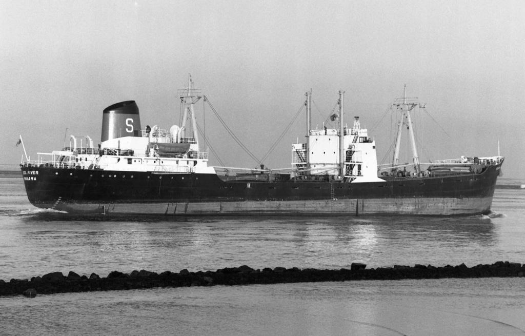 Photos Navires du monde construit entre 1950-1960 (2) Sol_ri10