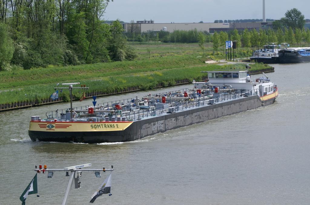 Photos des Navires Belge de la marchande,Fluviale et Pêche 2 Somtra10