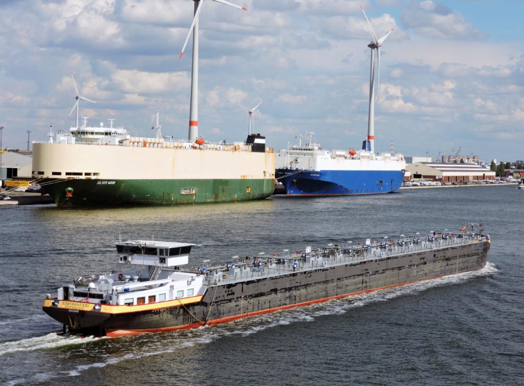 Photos de navires Luxembourgeois Armateur enre Belgique N/S Somtra13