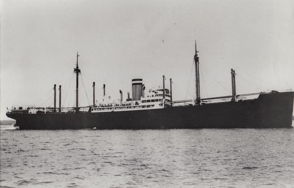 Photos General cargo avant 1940 (Plus 3000gt) 7  Stassf11