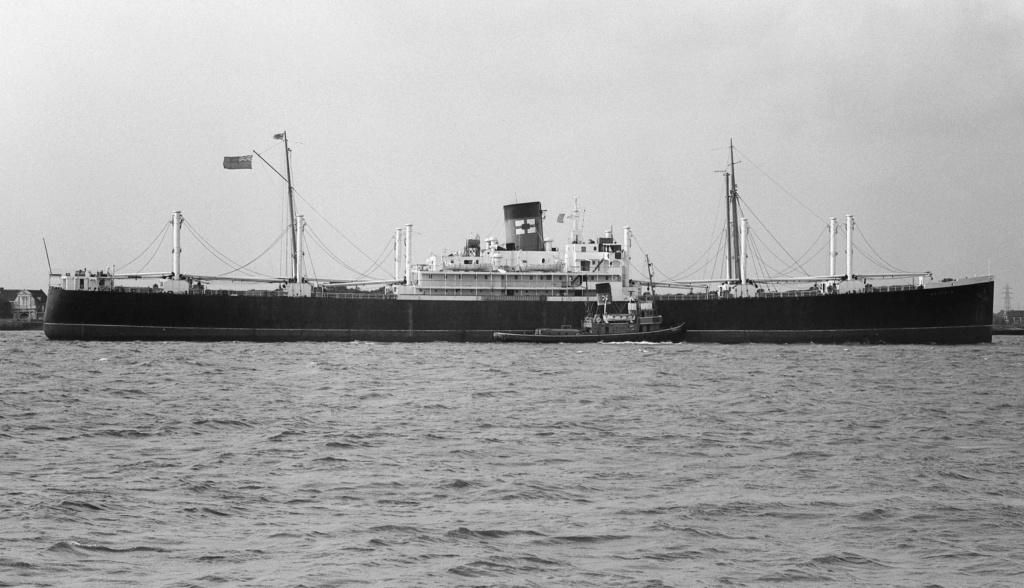 Photos General cargo avant 1940 (Plus 3000gt) 7  Suffol10