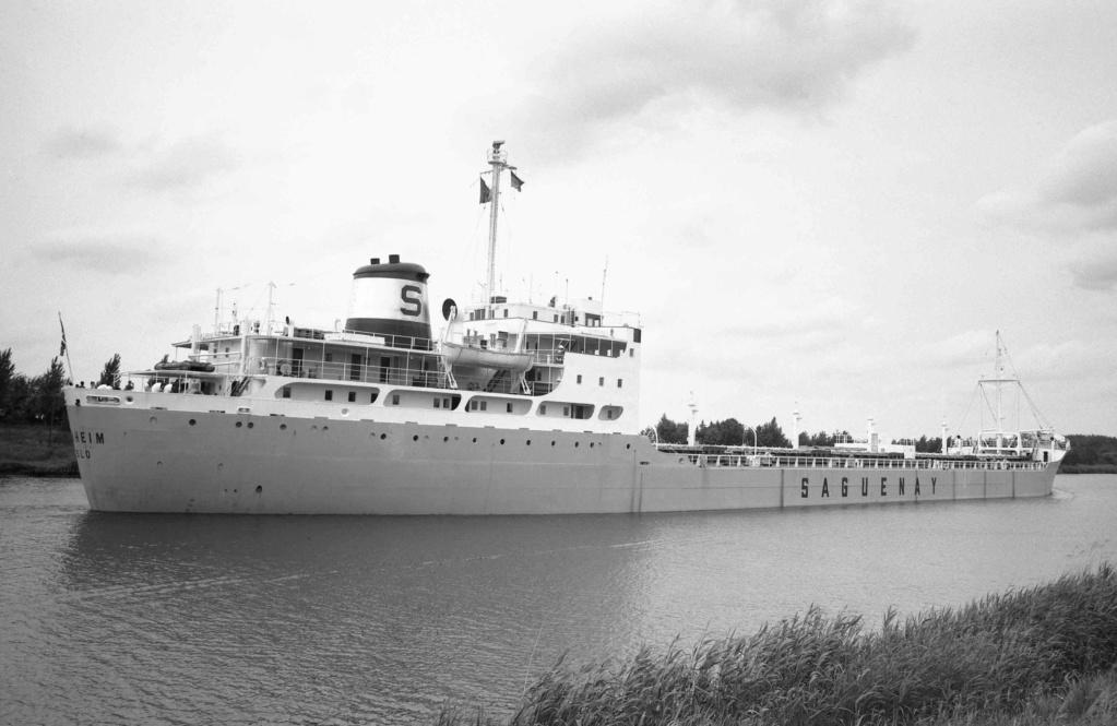 Photos Navires du monde construit entre 1950-1960 (2) Sunhei10