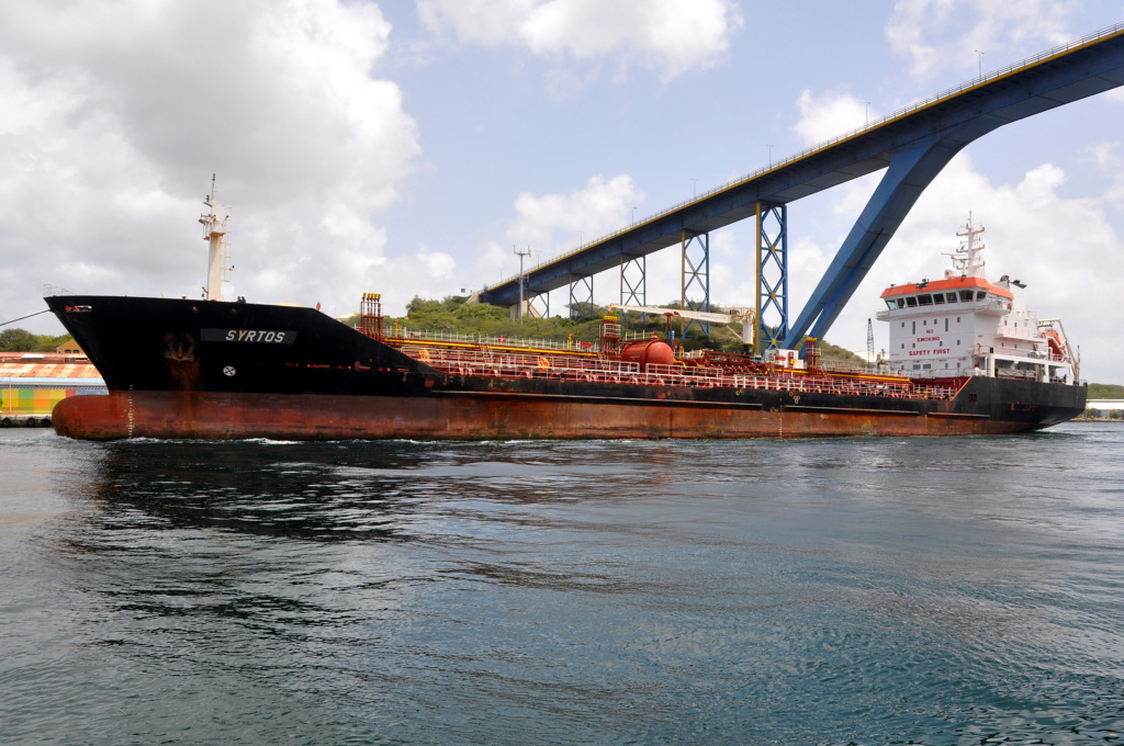 Photos de navires Luxembourgeois Armateur enre Belgique N/S Syrtos10