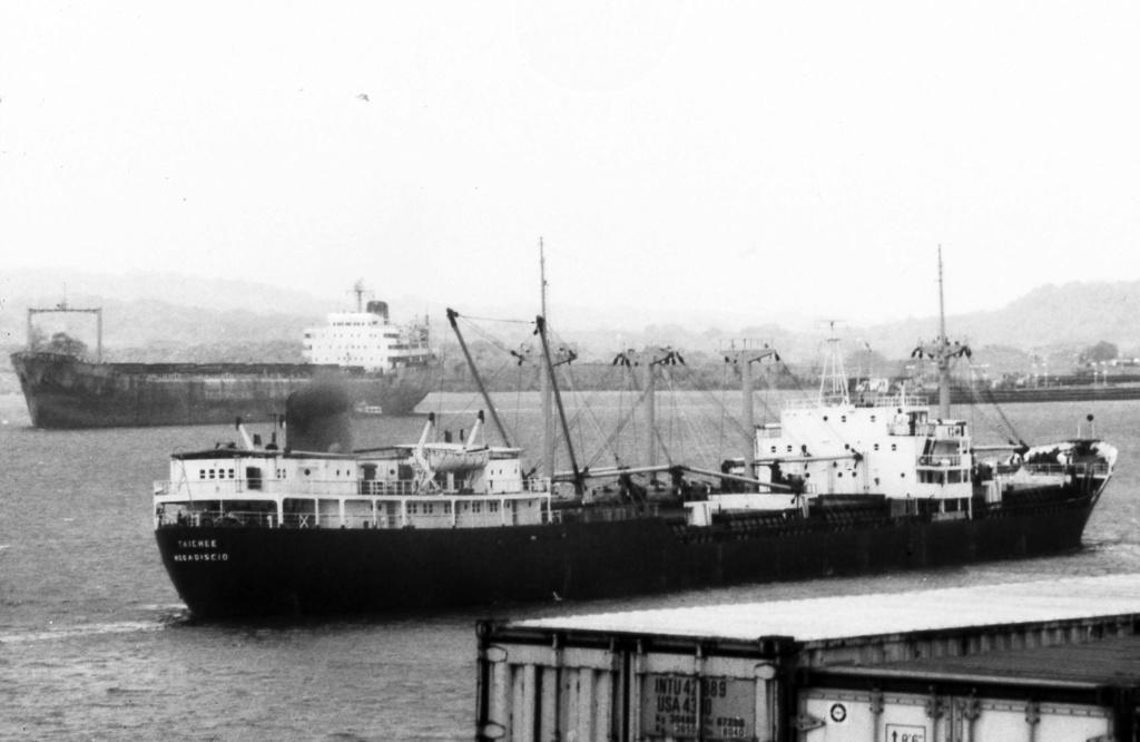 Photos Navires du monde construit entre 1950-1960 (6) Taiche10