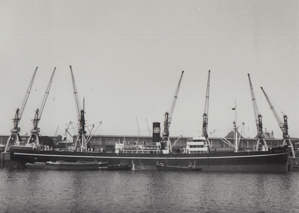 Photos General cargo avant 1940 (Plus 3000gt) 5  Tangho10