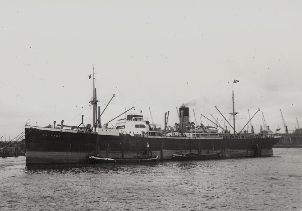 Photos General cargo avant 1940 (Plus 3000gt) 7  Tayban10