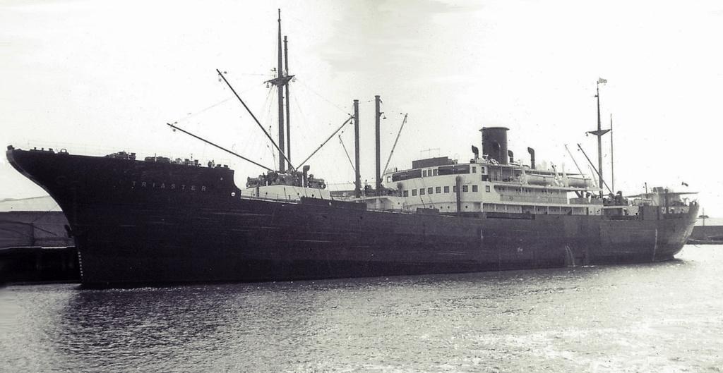 Photos General cargo avant 1940 (Plus 3000gt) 5  Triast11