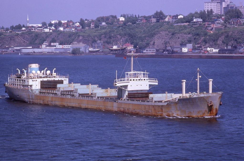 Photos Navires du monde construit entre 1950-1960 (6) Triton10