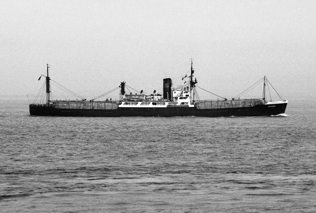 Photos General cargo avant 1940 (Plus 3000gt) 26 Uralma10