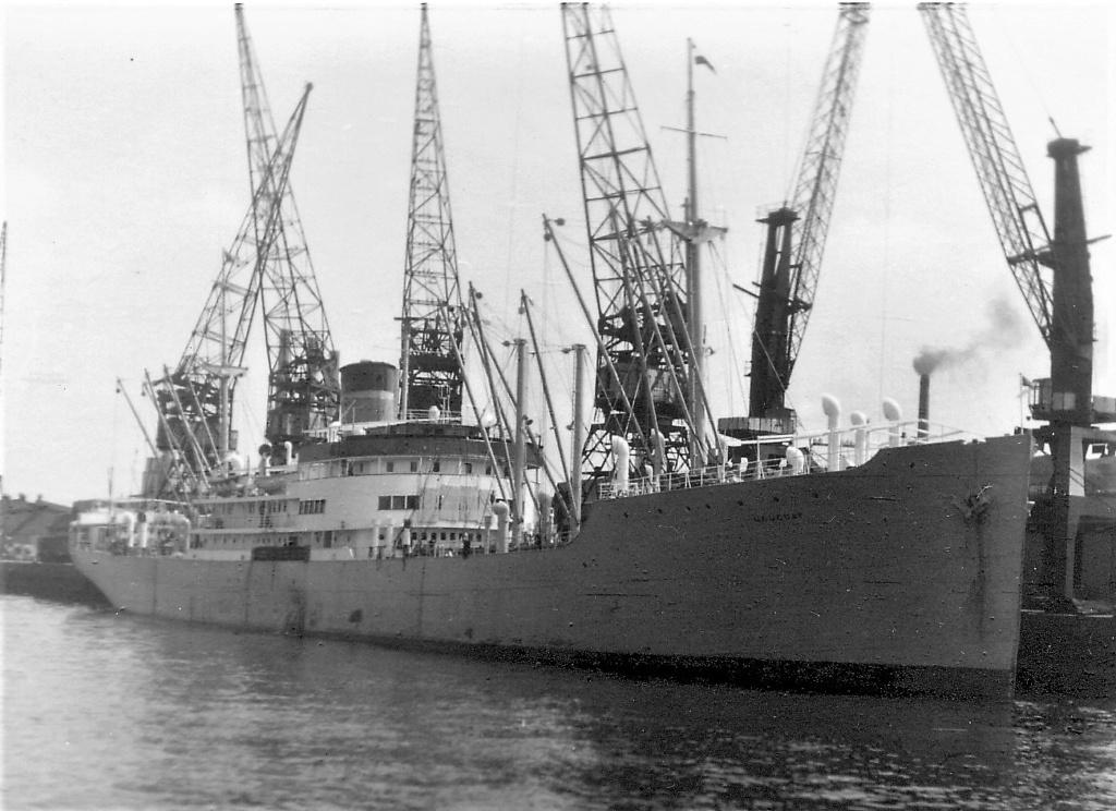 Photos General cargo avant 1940 (Plus 3000gt) 5  Urugua10