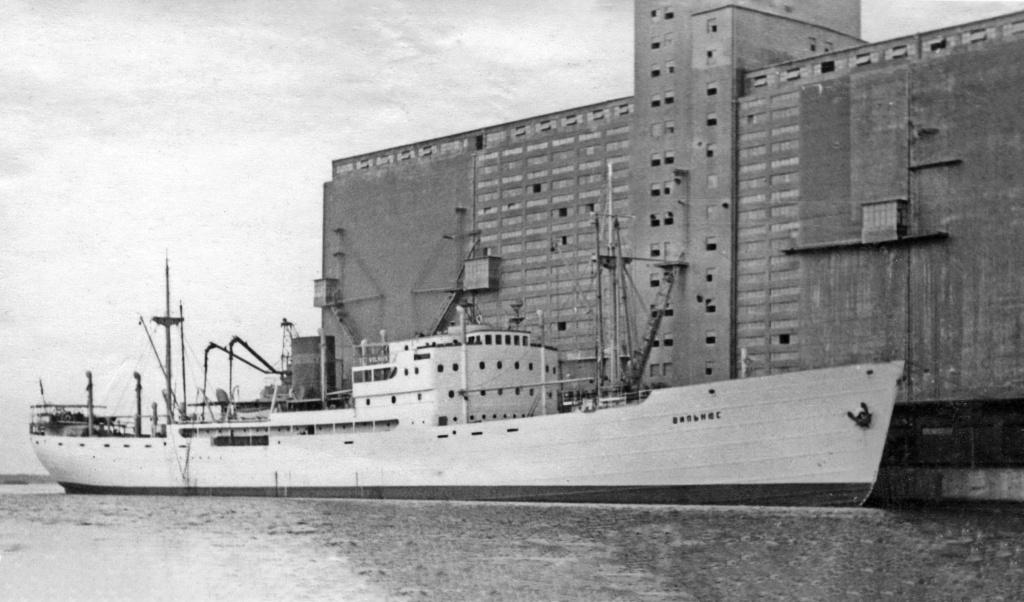 Photos General cargo avant 1940 (Plus 3000gt) 1  Vilniu10