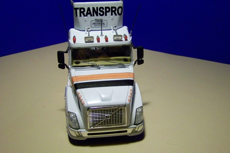 "Volvo VN als Daycab der Spedition ""Trans Provincial"" aus Canada Comp_017"