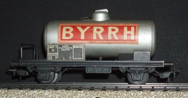 Camion publicitaire Byrrh Les Routiers/les Rouliers P4120210