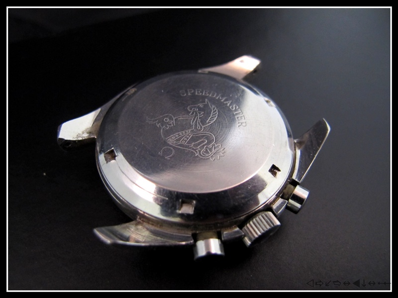 révision d'une omega speedmaster 105012 calbre 321 1ère partie Img_2811