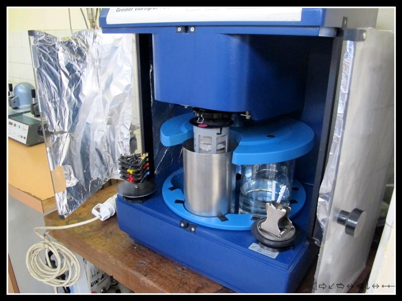 révision d'une omega speedmaster 105012 calbre 321 1ère partie Img_2917