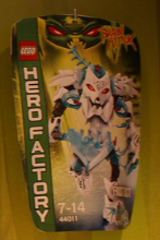 [Produits] Toy Fair 2013 : Les Hero Factory Cervell'Attaque vague 2 - Page 3 Frost_10