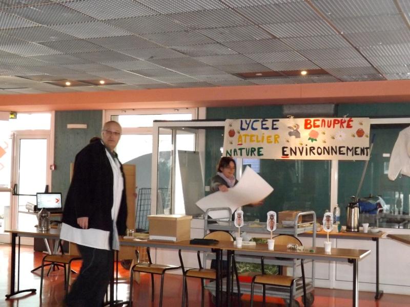Sensibilisation des jeunes à la cause animal au Lycée Beaupré ! Jeudi 4 Avril 2013 Dscf6611