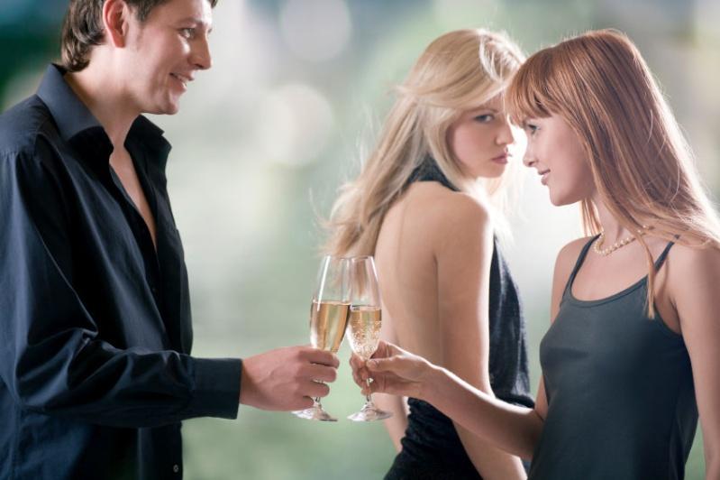 68% des couples infidèles entre la 1ere et la 3eme année de mariage ! Woman_10