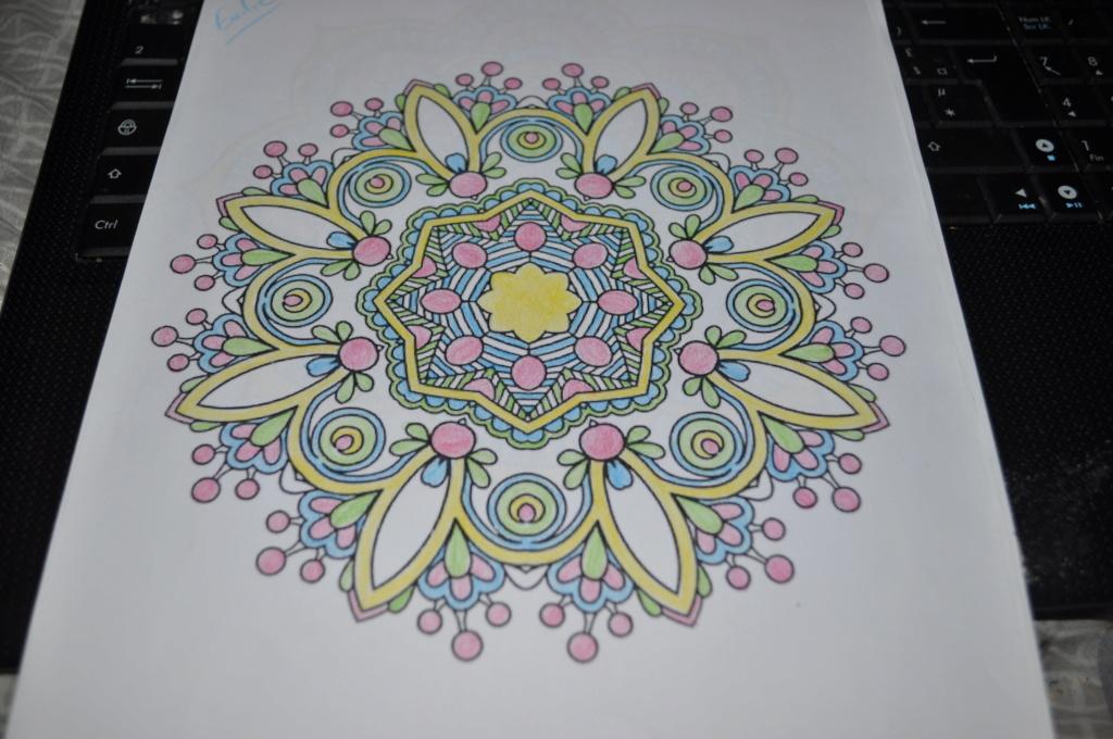 mandalas crayons de couleurs Mandal10
