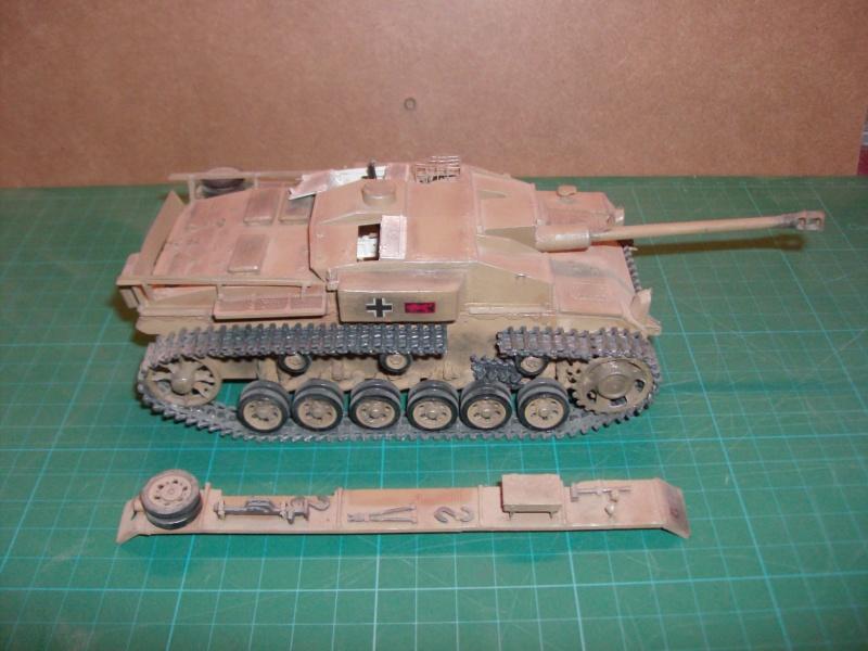 les maquettes à POLO LE STUG III Ausf F 3_810